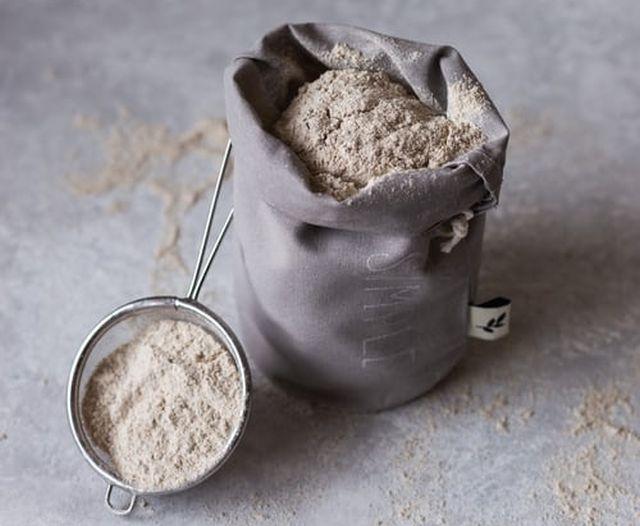 mąka razowa