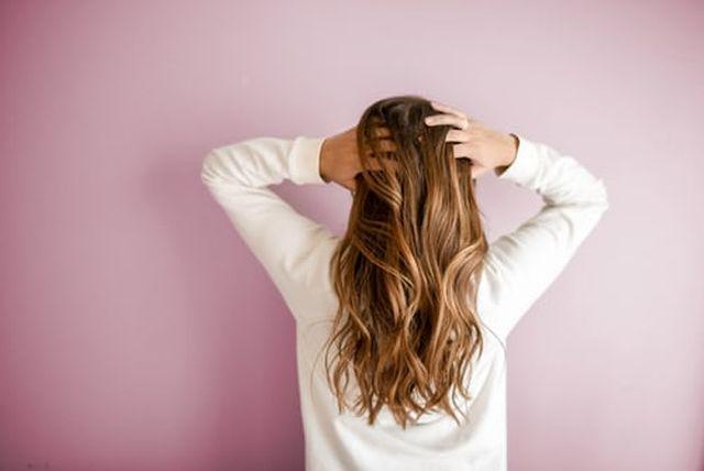 włosy a słońce